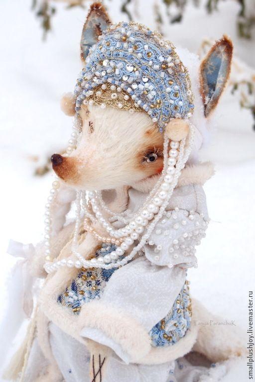Купить Белая Лисица Белль - белый, небесно-голубой, лисица, снегурочка, внучка, Снег
