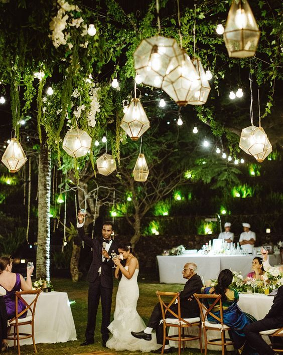 Best 25 Garden weddings ideas on Pinterest Lantern wedding