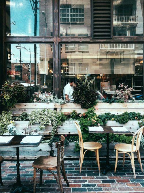 La Carpe Diem French Cafe Creperie