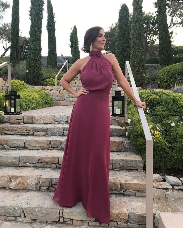 """367.2 mil curtidas, 7,236 comentários - Veveta (@ivetesangalo) no Instagram: """"Tão linda essa menina... pronta! Me achando belíssima com meu vestido feito especialmente pra mim…"""""""