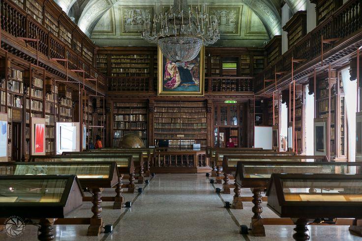 Bibilioteca Braidense (Library)