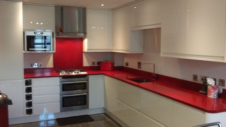 Swindon Kitchen Fitters have a wealth of experience in assisting with the planning and project management of your new kitchen project!