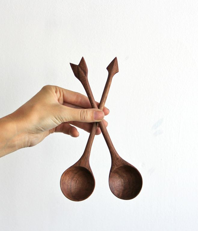 ARROW SPOONS - SALAD SET  This pair of large walnut serving spoons with arrow detail are hand carved from locally sourced walnut wood by Amelie Mancini in Brooklyn, New York. Each pair is one of a kind and oiled with beeswax and mineral oil for a super smooth finish.