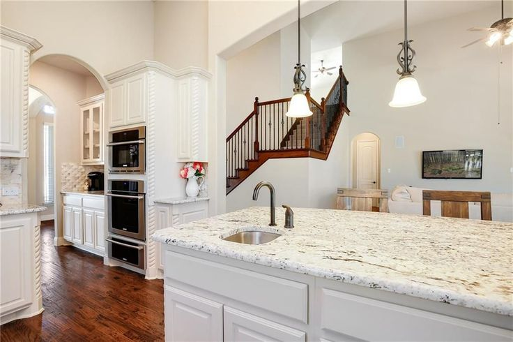 View 35 photos of this $579,000, 5 bed, 5.0 bath, 3822 sqft single family home located at 657 Indian Creek Dr, Trophy Club, TX 76262 built in 2016. MLS # 13760156.