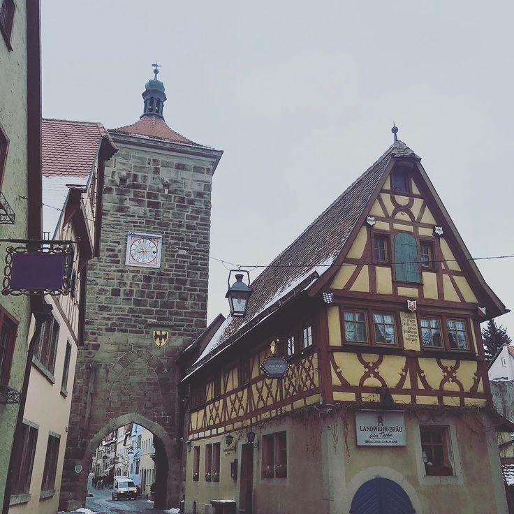 Давненько у меня не было такого насыщенного дня   #ротенбург #утро #германия #путешествие #январь #rothenburg #germany #travel #deutschland