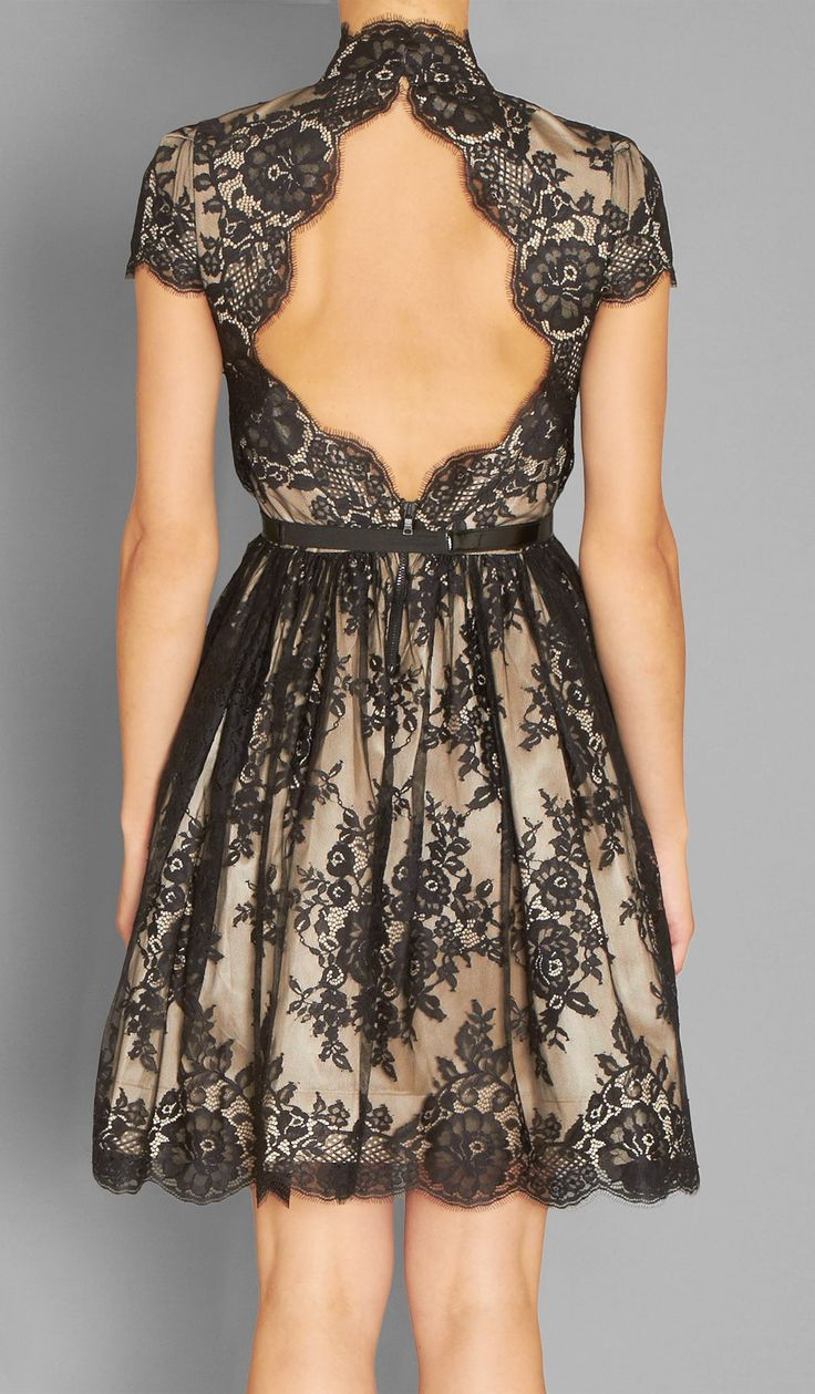 Lovely: Open Back Dresses, Backless Dresses, Black Laces, Gorgeous Dress, Flare Dresses, Black Lace Dresses, Holidays Dresses, Cut Outs, Alice Olivia