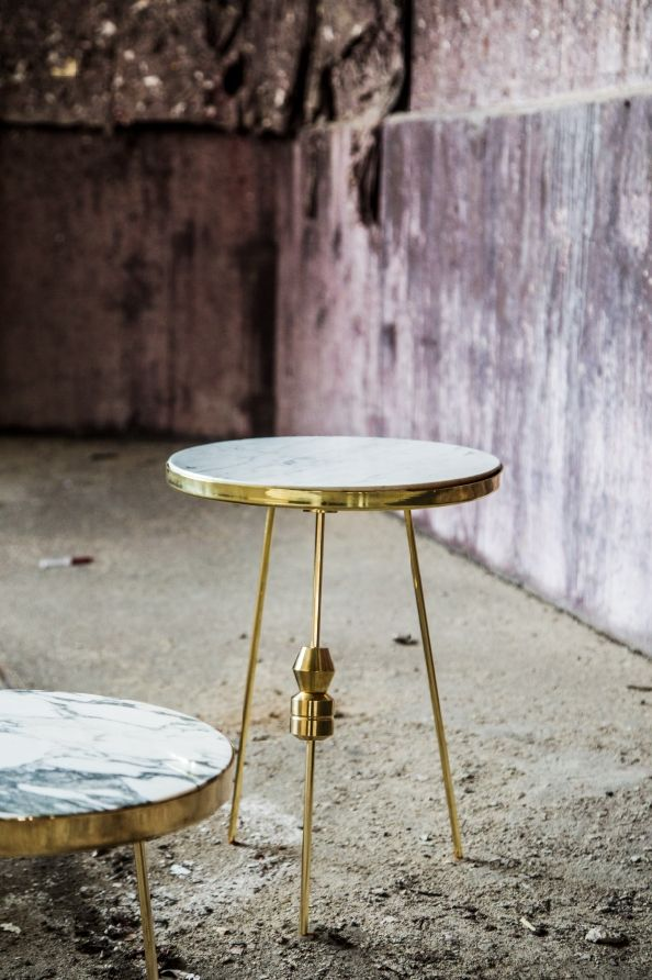 Richarm Table 01 (Customized version)  Arabescato with copper marble / metal table #furniture #design #marble #marbletable #metal #sidetable www.richarmgroup.com