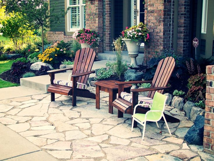 Best 25 front yard patio ideas on pinterest patio ideas for Outdoor sitting area ideas