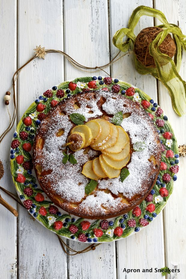 Apron and Sneakers - Cooking & Traveling in Italy: Ricotta & Pear CakeRicotta Recipe, Baby Cake, Aprons, Cooking Today, Eating Cake, Sneakers, Caramel Pears, Pears Cake, Ricotta Cake