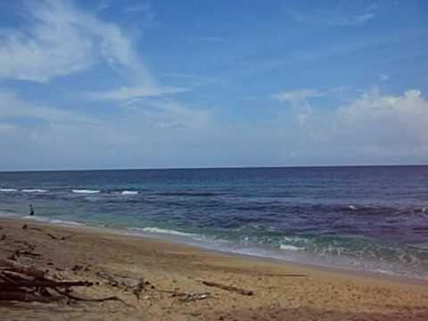 Pantai Base G Menikmati Keindahan Alam Pantai di Papua - Papua