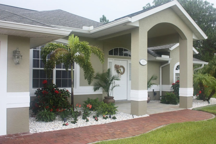 Curb appeal black doors and paint colors on pinterest for Exterior paint colors for florida homes