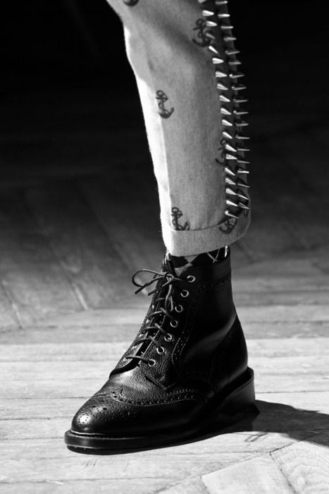 Preppy anchor trousers, spike detail, argyle, tall boot. This embodies my ideal look. Thom Brown.