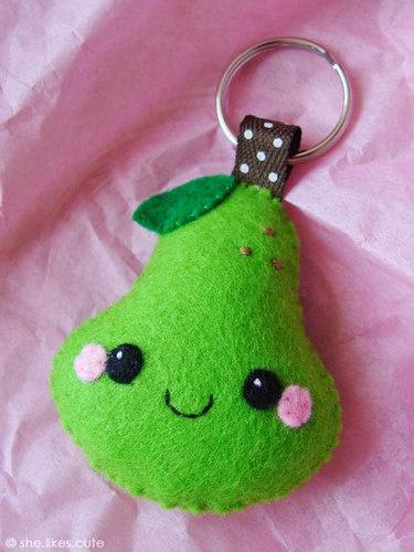 happy pear keychain! too cute!