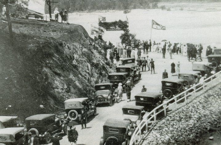 Tallebudgera Creek bridge,  Burleigh Heads, Gold Coast, Queensland, 1927 - The opening ceremony of the Tallebudgera Creek bridge.