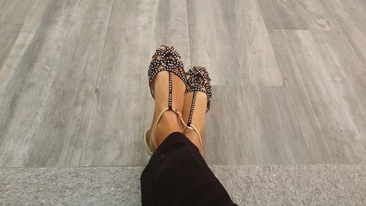 Elegant #shoes on Vibe #tile