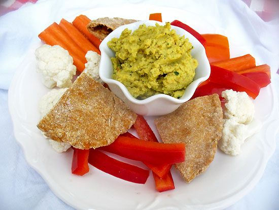 Spicy Chickpea Hummus | Consuming | Pinterest