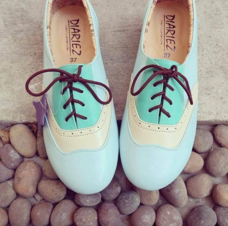 Milky blue, cream and maldives blue three tone oxford flats. SolSmile/Diariez are now taking special orders for leather soles on their Oxfords! (Yay! if you're a dancer) High quality hand made to order, genuine leather upper, inner and outer. $150 (Australian), ships internationally. Shop at solsmile.com.au. (email to order special leather soles) Oxfords, Lindy Hop, Swing, dance shoes, Retro, two-tone