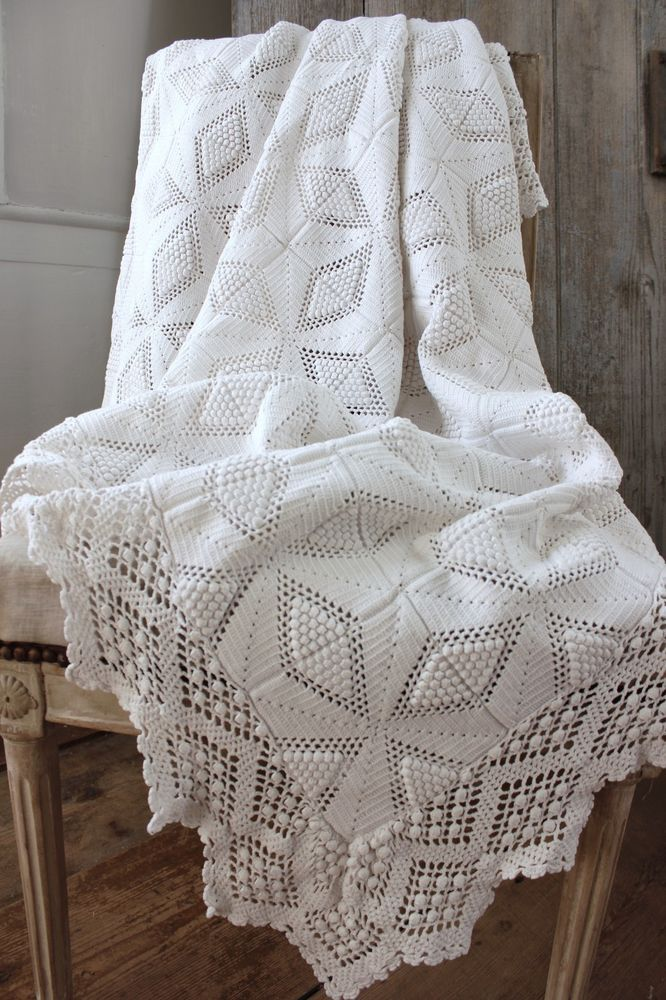 Vintage French Crochet hand-made lace textile coverlet white cotton textile old