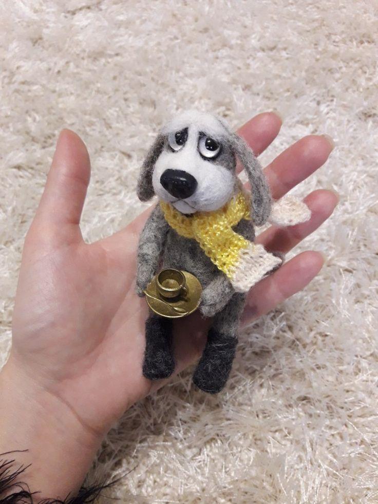 Пёс Филя Игрушка выполнена в технике сухого валяния шерсти.