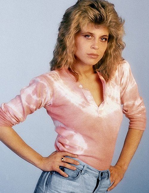 """Sarah Connor """"Linda Hamilton"""" The Terminator (1984). Hard to imagine she goes from this to...."""