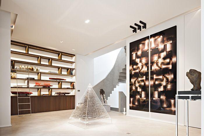 Paris, book shelf, oak