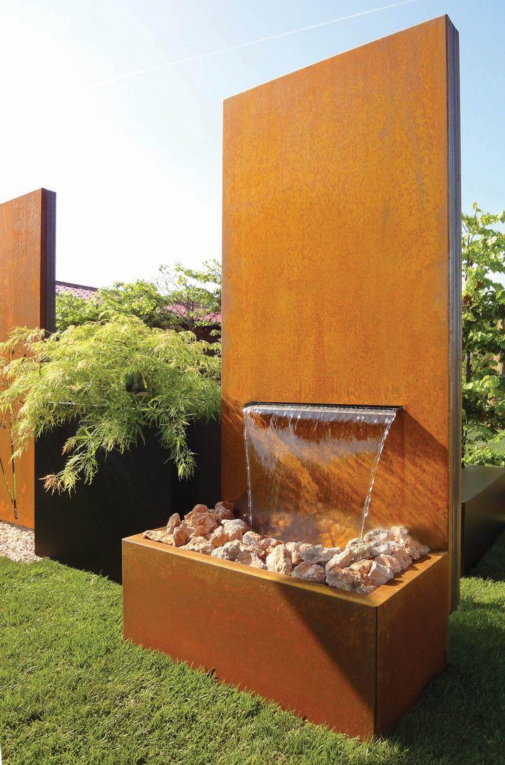 Beautiful Wasser Ist Ein Wichtiges Gestaltungselement Im Gartenbereich. Seine  Beruhigende Wirkung Und Das Angenehme Geräusch Des