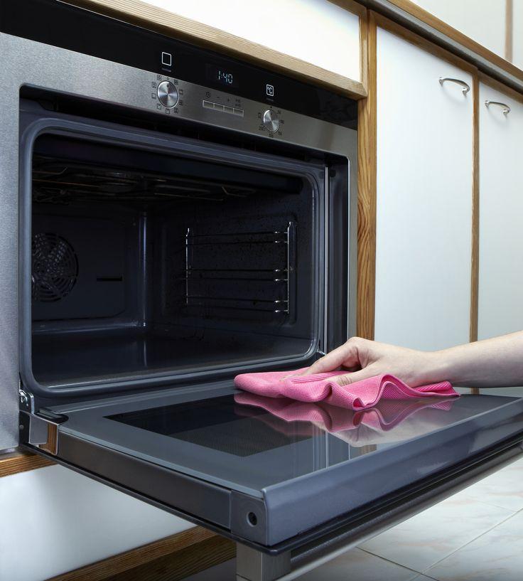 Come pulire il forno con prodotti naturali