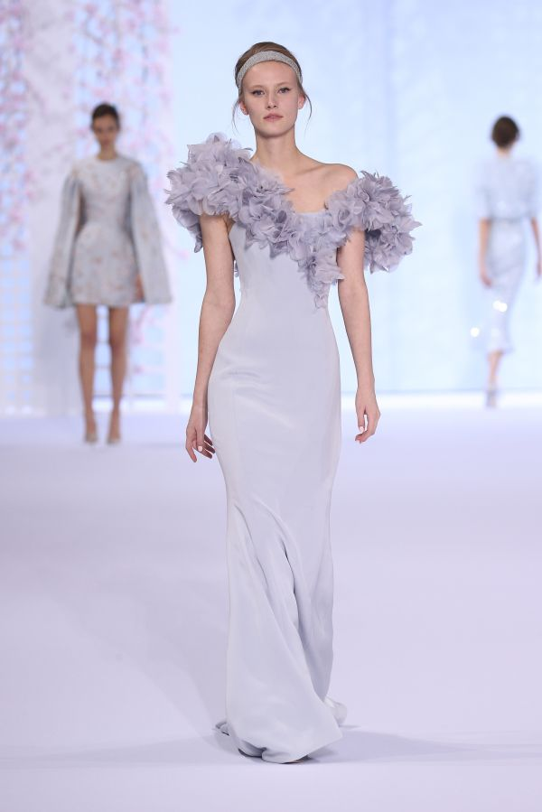 Paris Haute Couture is always a good idea. @synderelastory