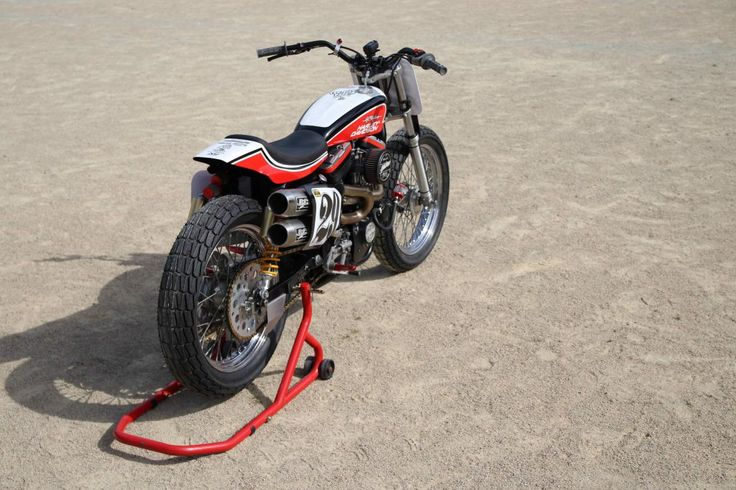 BCKustoms '86 HD Hooligan Flat Tracker  #harley-davidson #sideburnmagazine #sideburn #DTRA #dirtquake #turnleft #bckustoms #breizhcoastkustoms #hooligan #hooliganracing #superhooliganracing #racing #goodtimes #flattrack #vintageracingspirit #bckustoms #breizhcoastkustoms