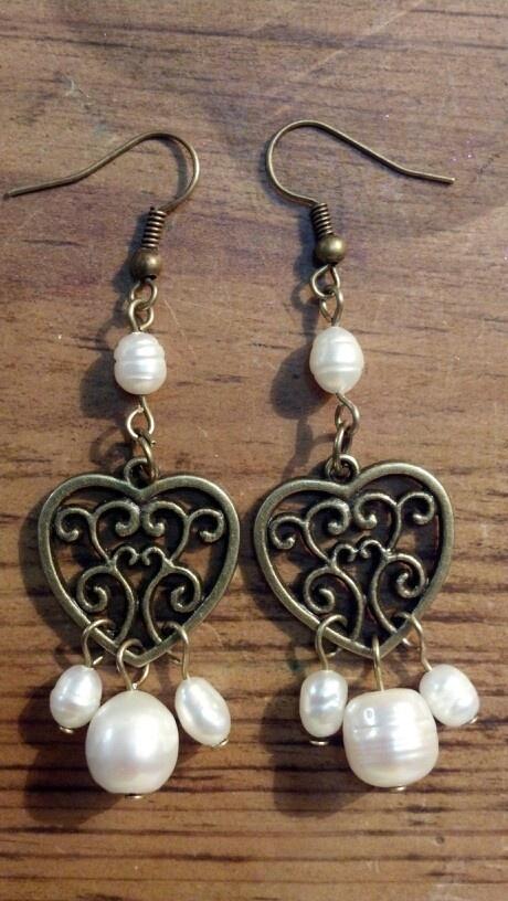 Aretes perlas y corazón