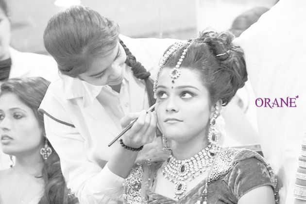 Search today Beautician Institute and enroll for Beautician courses. Orane is the leading Beautician Course Training Institute in Delhi, Haryana, Punjab, Chandigarh, Himachal Pradesh, Rajasthan and in Gujarat.