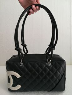 ff9f507b4fdc Chanel - Cambon Black Quilted Leather Schoudertas | Bags and clutches