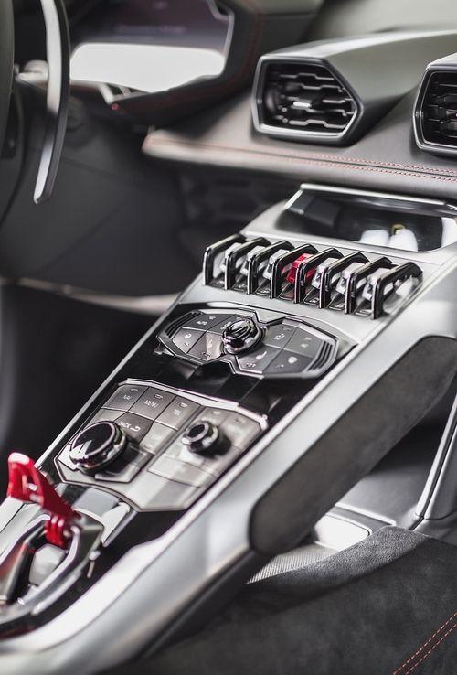 Lamborghini Huracan interior dashboard.