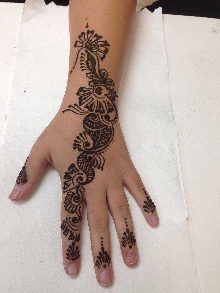 Mehndi Henna On Hair : Henna mehndi for hair in hindi makedes