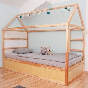 Dieser IKEA KURA Hack ist kinderleicht. Das Hochbett kannst du im nu mit diesen tollen Klebefolien von Limmaland pimpen. In 11 verschiedenen Muster und Farbvarianten findest du alles hier www.limmaland.com  Verwandle nun dein Kinderbett in ein DIY Hausbett!