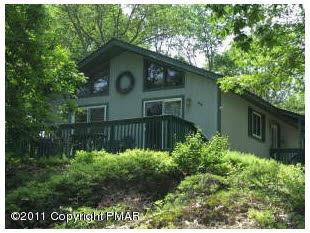 468 Whipporwill Drive  Bushkill, PA 18324