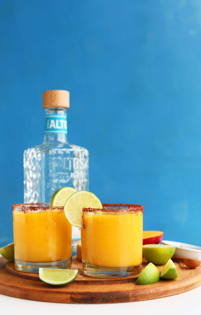 SPICY SWEET Mango Chili Lime Margaritas! So refreshing, simple and delicious! #vegan #minimalistbaker