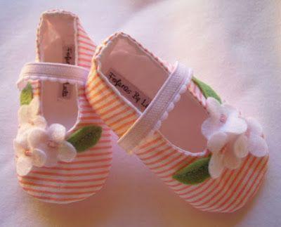 Fofuras de feltro...: sapatinhos de bebe                                                                                                                                                                                 Mais