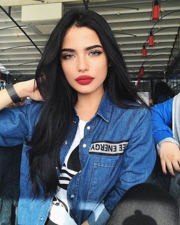 30+ Superb Young Women Fashion Trends Ideas For 2019