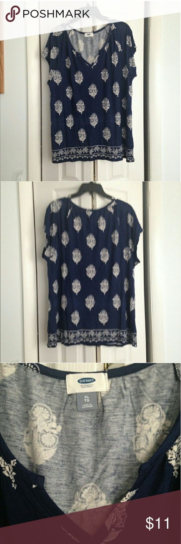 NWOT Old Navy short sleeve top! Never worn! Navy Blue and white design, v-neck, light weight and perfect for summer.  True to size and no flaws! Old Navy Tops Blouses