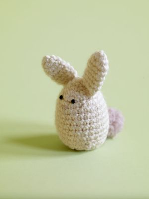 #crochet Wee Rabbit Egg Cozy (free pattern)