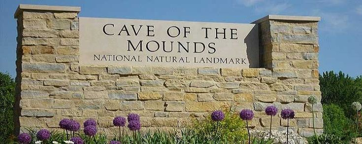 Getaways in Wisconsin: Day Trip to Cave Of The Mounds, Wisconsin