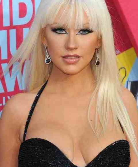 Christina Aguilera Age, Bra Size, Height, Weight, Measurements
