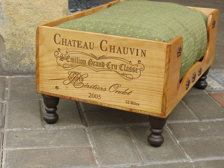 1000 ideas about wooden wine boxes on pinterest wine for Wine crate furniture