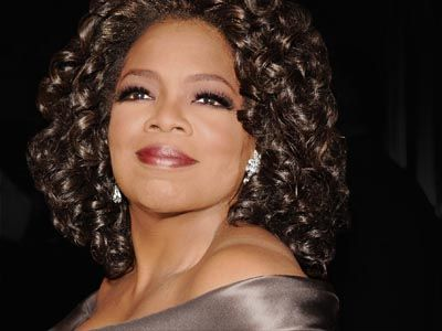 posing like the queen that she is....Unhappy People, Oprahwinfrey, Business Women, Oprah Winfrey, Famous People, Success Women, Style Blog, Organic Lifestyle, Organic Food