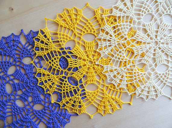 Small size blue table doily Beige round placemats Crochet