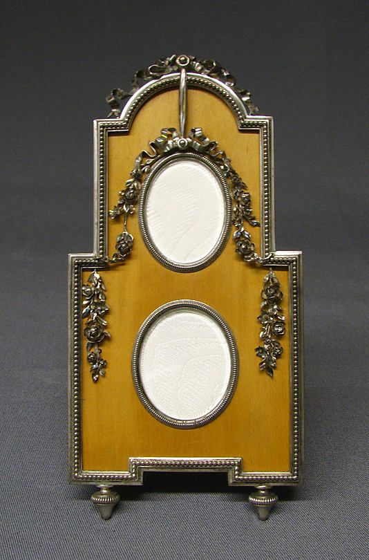 Picture frame by Carl Fabergé, workmaster: Viktor Aarne, before 1896.