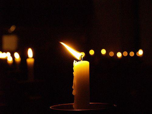 Ответы@Mail.Ru: Стихи читают при свечах — … стихи и свечи… . Какие стихи есть о свечах?