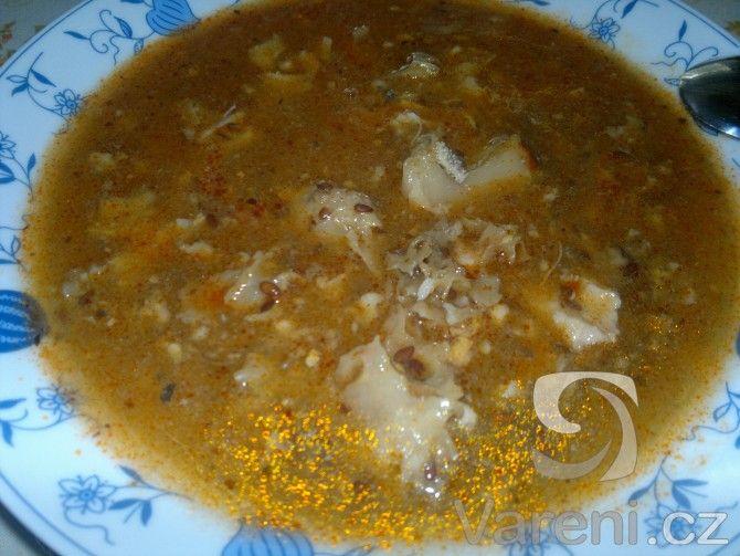 Falešná dršťková polévka z hlívy (popř. kotrče).