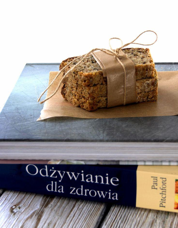 szczypta smaQ: Chleb żytnio-jaglany z ziarnami